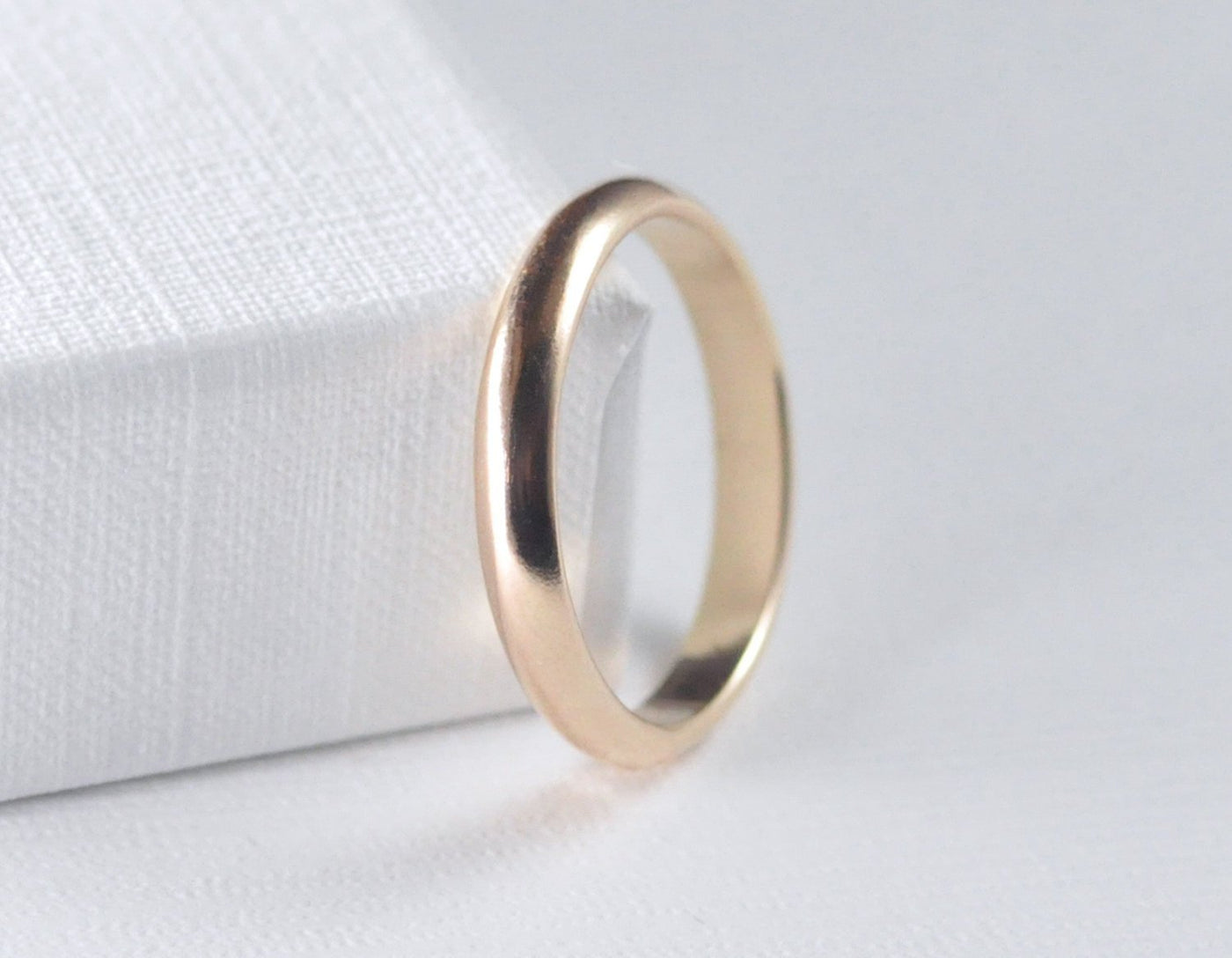 3mm gold wedding ban for men, unisex gold wedding ring, 14 karat wedding band, karat1424