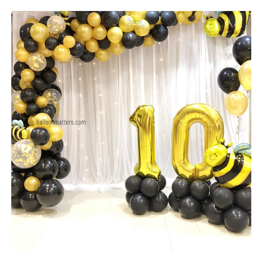 L-Shaped Balloon Garland Setup