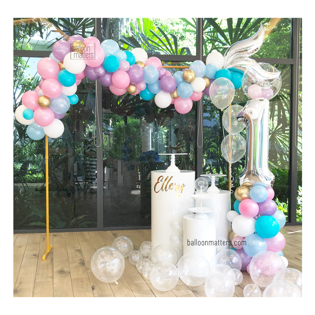 Mermaid Balloon Garland Setup