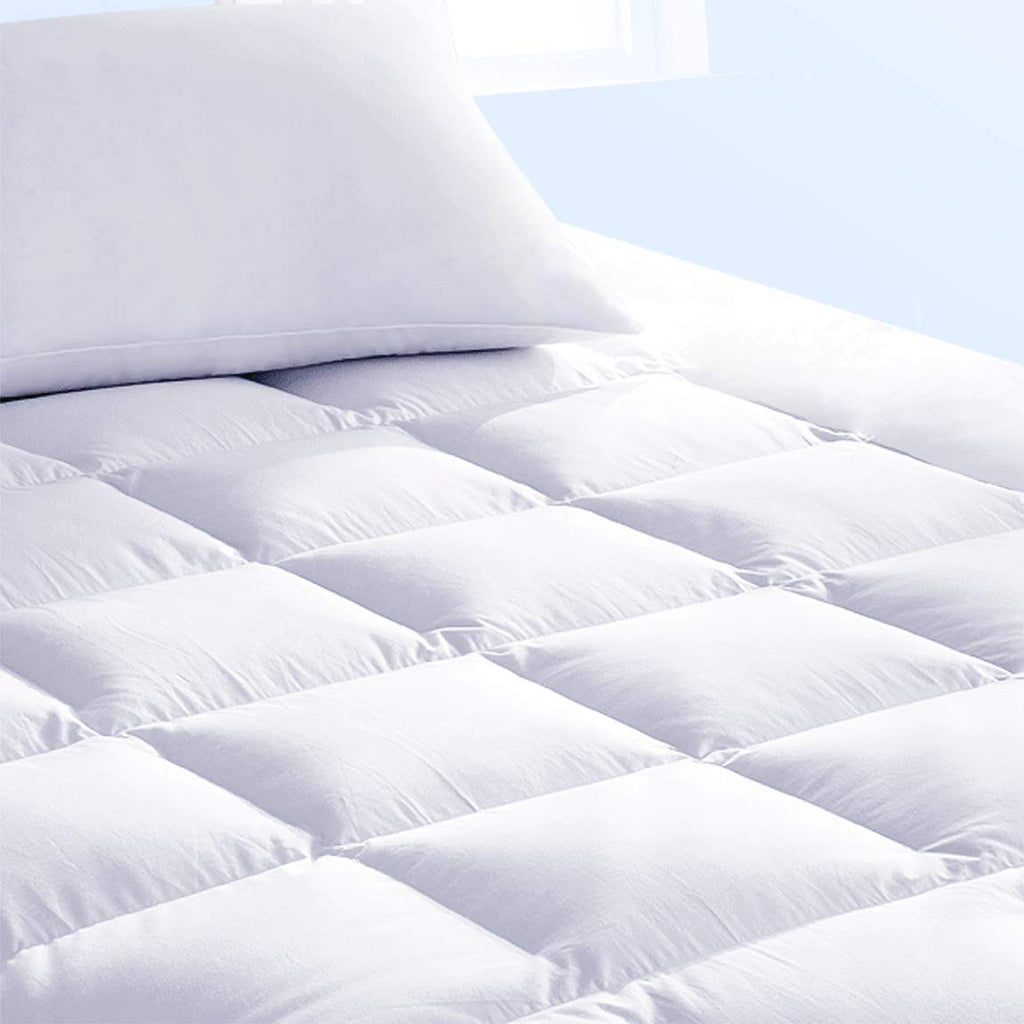 "Pure Brands Mattress Topper & Mattress Pad Protector in One - Quality Plush Luxury Down Alternative Pillow Top - Make Your Bed Luxurious - 18"" Deep Po"
