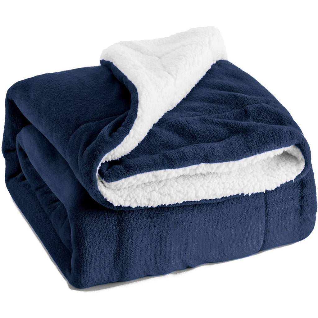Bedsure Sherpa Fleece Blanket Twin Size Carolina Blue Plush Throw Blanket Fuzzy Soft Blanket Microfiber