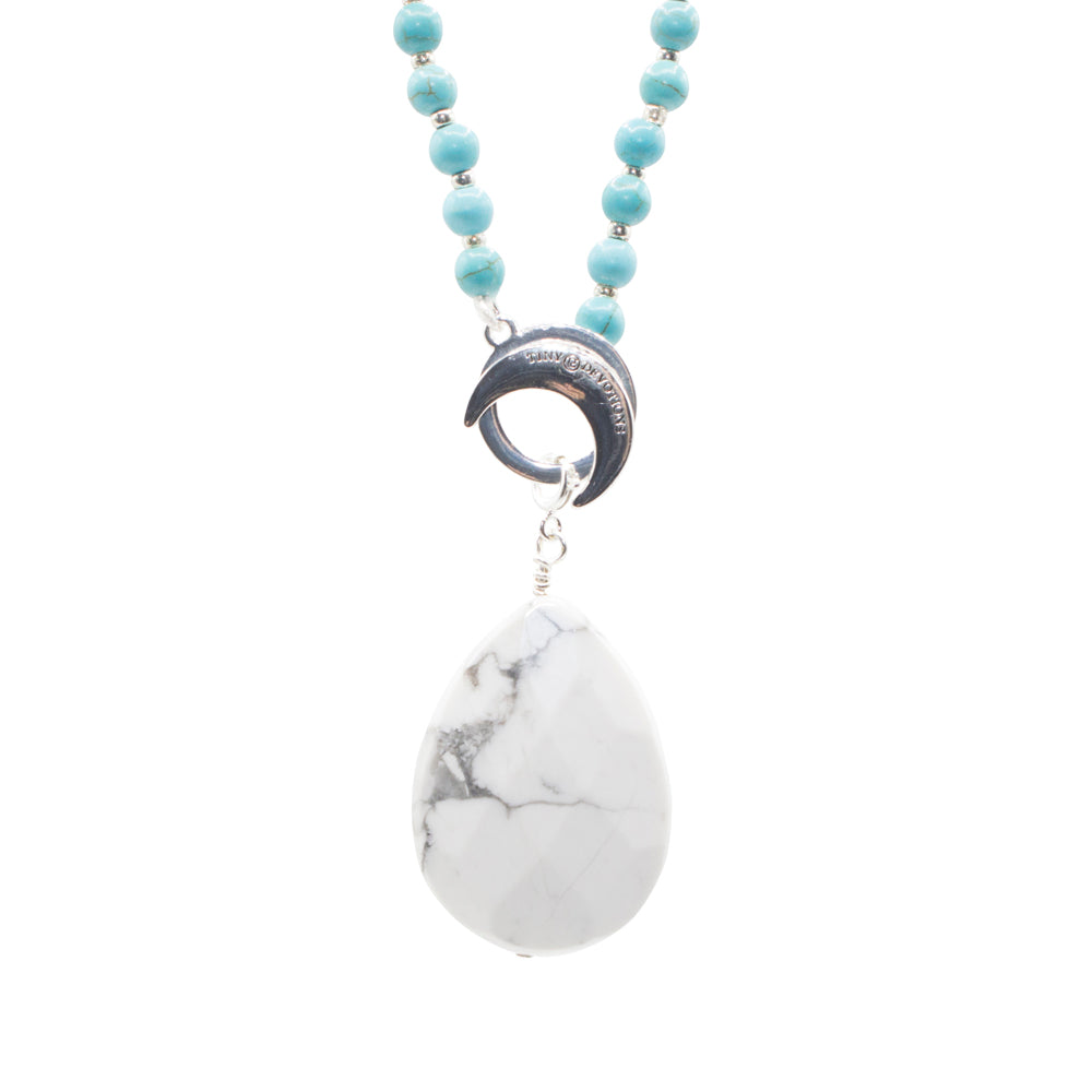Howlite, The Gemstone of Awareness