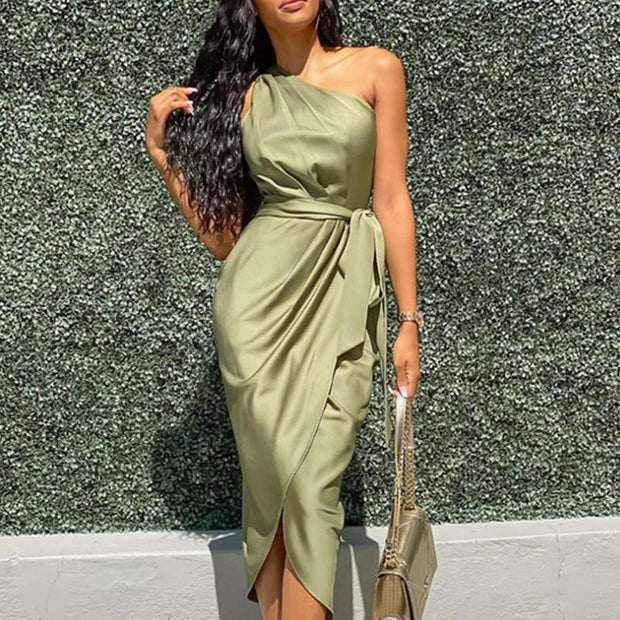 Fashion Solid Color Oblique Shoulder Irregular Strap Dress