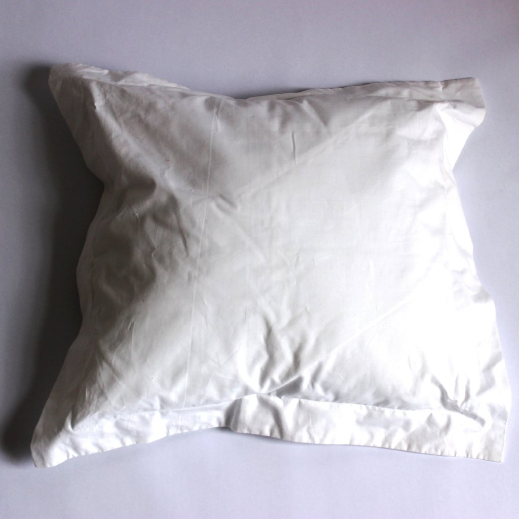 White Percale Cushion - Oxford Edge
