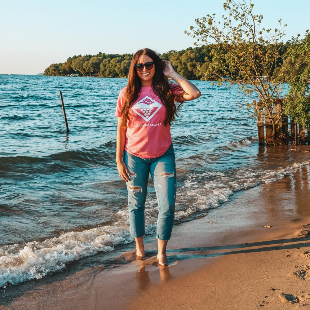 Lake Diamond Tee - Pink