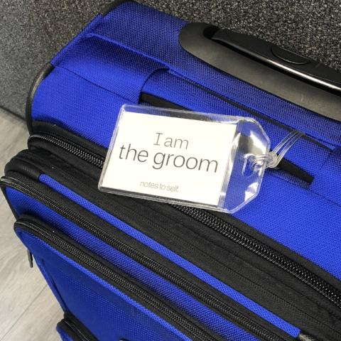 'I am the groom'™/'I am smiling'™ luggage tag