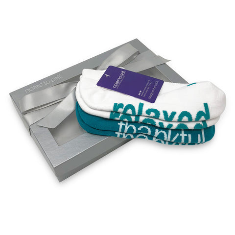 i am relaxed i am thankful sock gift set in silver box