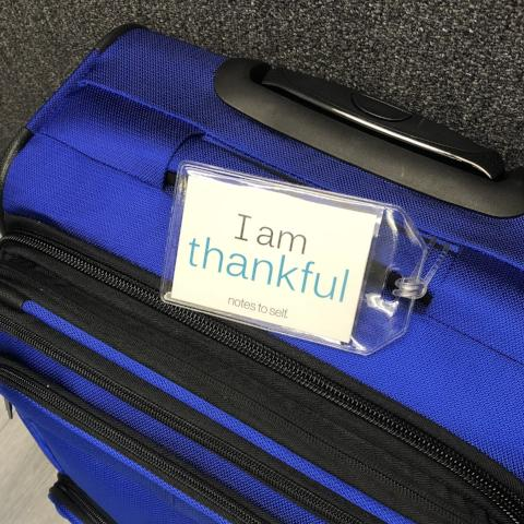 'I am thankful'™/'I am joyful'™ luggage tag