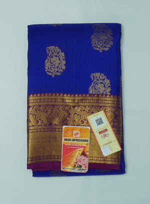 Resolution Blue Kanchipuram Handloom Plain Emboss Pure Silk Saree with Blouse