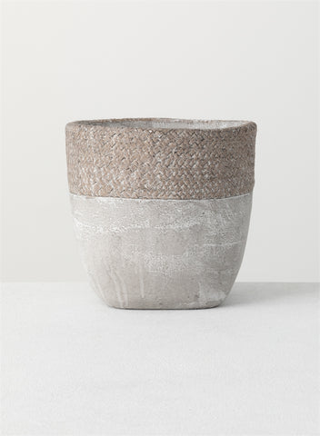 Lattice Patterned Cement Pot