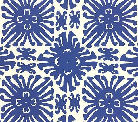 China Seas Wallpaper: Sigourney Small Scale - Custom Navy abstract floral print on Off White Paper