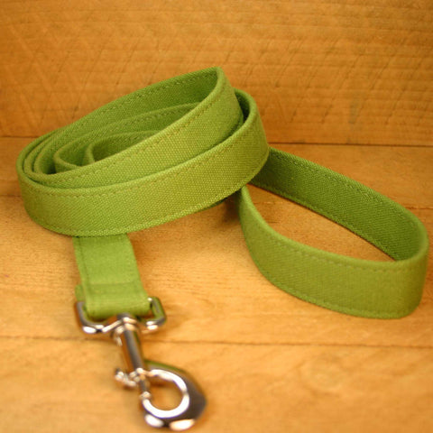 Basic Green Hemp Canvas 6 Foot Leash | The Good Dog Company