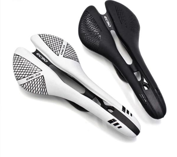 SELLE FULL CARBON EC90 REVETEMENT CUIR