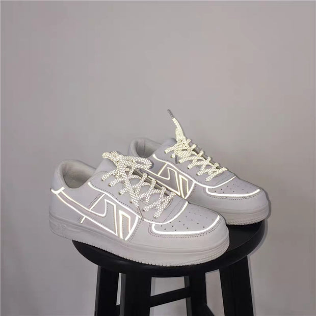 Reflective lining shoes