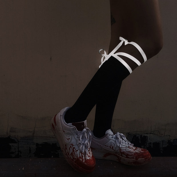 Reflective lacing high socks