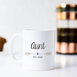 Aunt Mug with Heart and Arrows