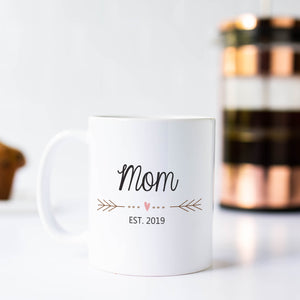 Mom Mug with Heart and Arrows