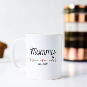 Mommy Mug with Heart and Arrows