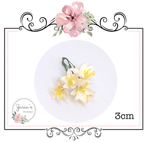 Mulberry Paper Flower ~ Lily ~ Creamy Lemon ~ 30mm x 5