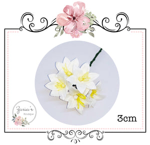 Mulberry Paper Flower ~ Lily ~ White ~ 30mm x 5