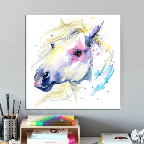 Horse loves Print on Canvas Decorative