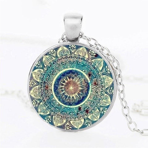 Vintage-style Glass Dome Pendant Necklace -  www.greatgifts.online - Jewelry