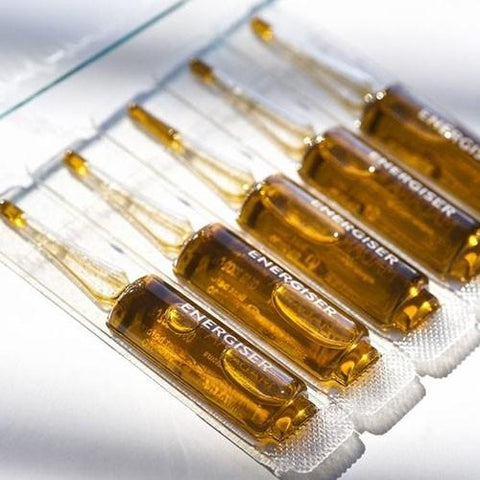 products/Madara-booster-antiossidante-ampoules-energiser-fiale-bio-02.jpg