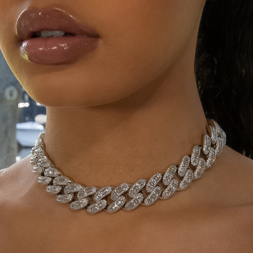 Load image into Gallery viewer, 18mm White Gold Bugatti Link Choker