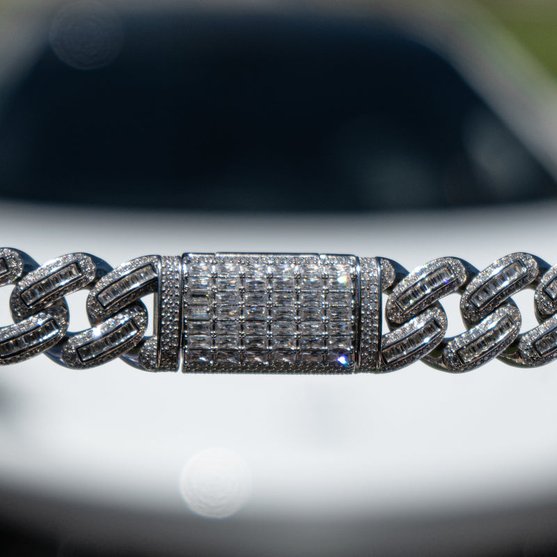 18mm White Gold Bugatti Link Bracelet
