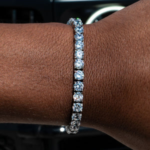 Load image into Gallery viewer, 5mm White Gold Signature Tennis Bracelet
