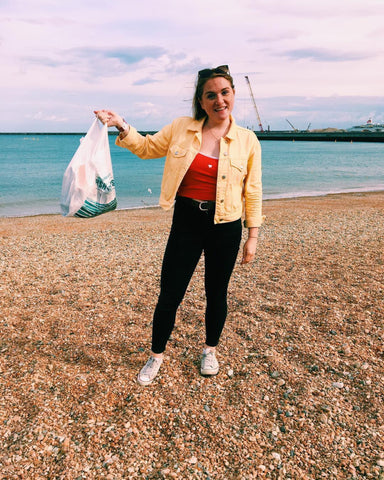 zero-waste beach clean laura