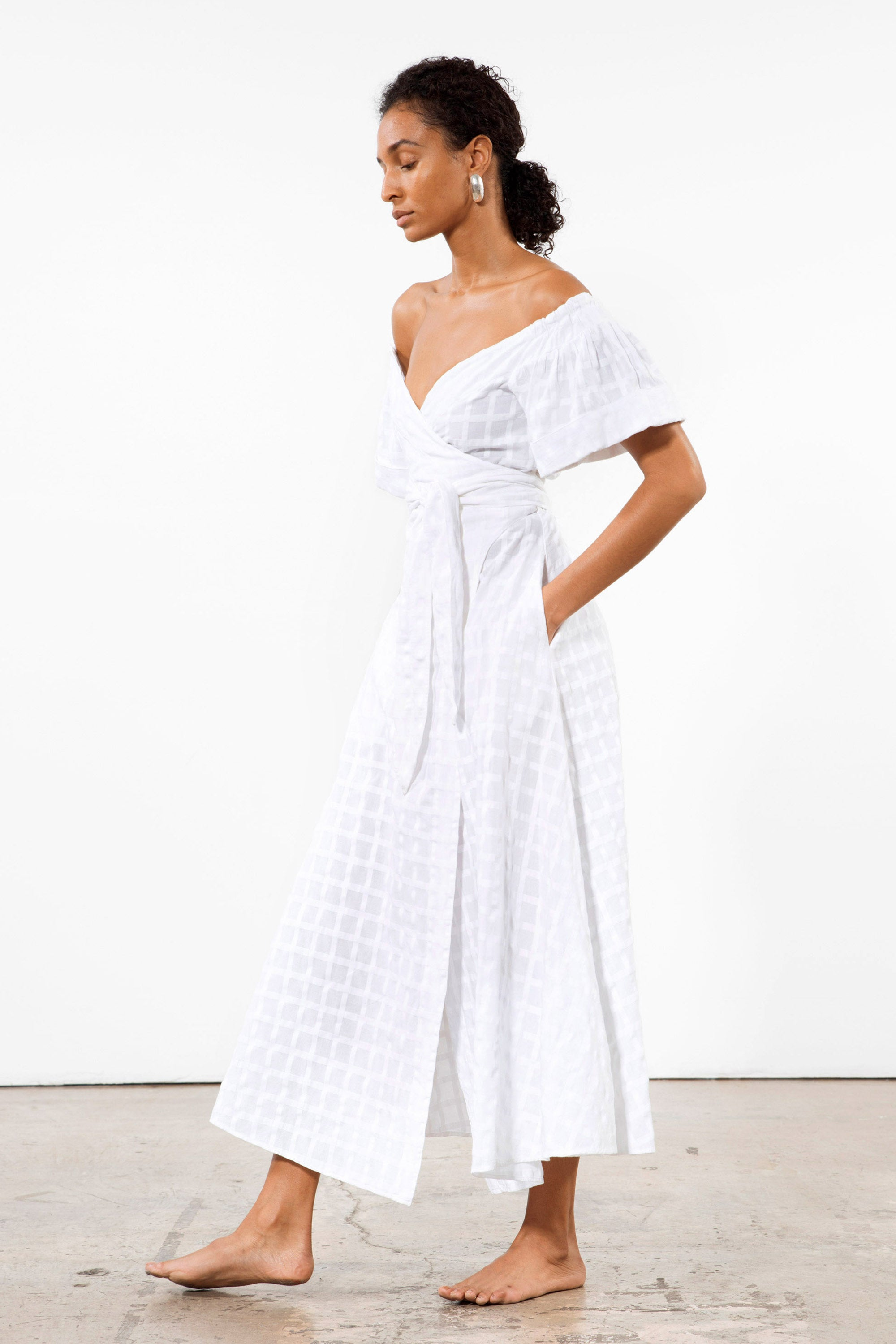 Mara Hoffman White Adelina Cover Up Dress in organic cotton (pocket detail)