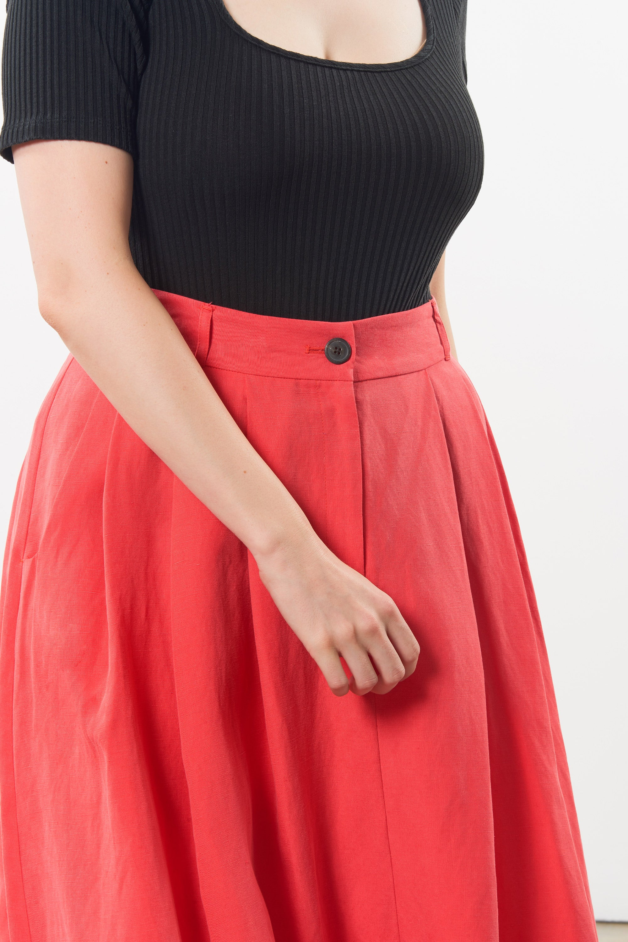 Mara Hoffman Extended Red Tulay Skirt in tencel lyocell and linen (waist detail)