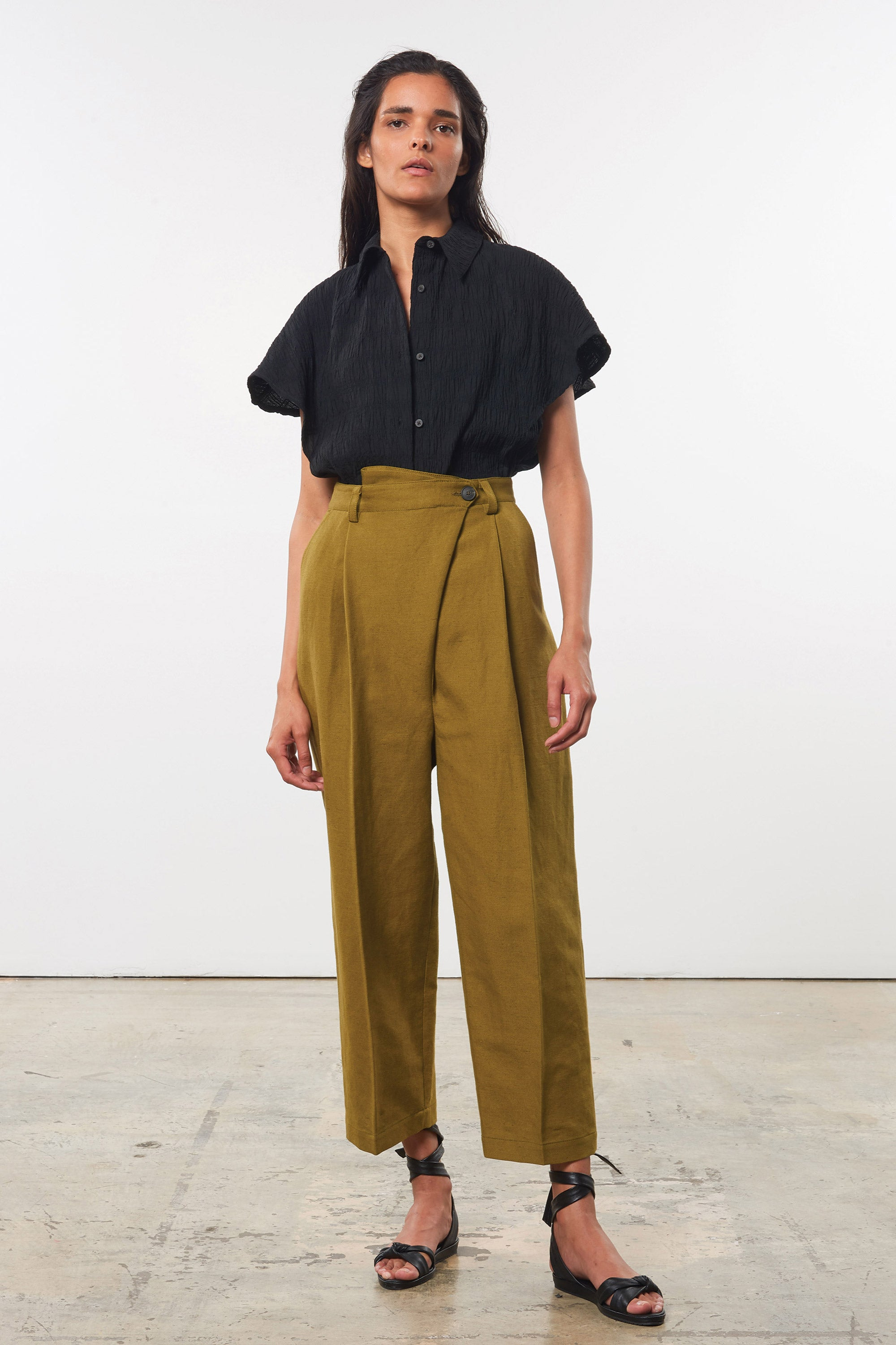 Mara Hoffman Olive Almeria pant in linen and cotton (front)