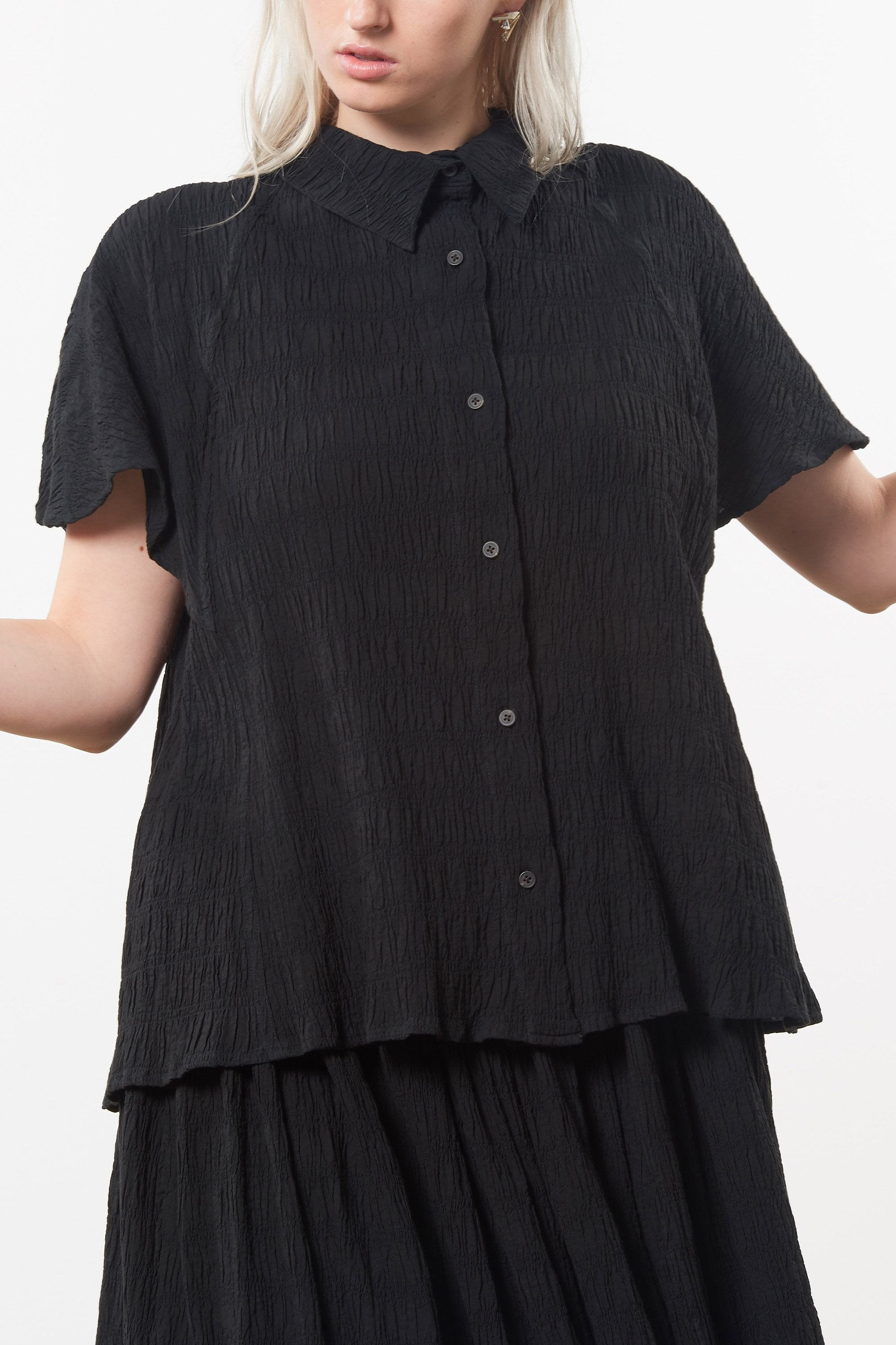 Mara Hoffman Extended Black Phebe Top in organic cotton (front detail)