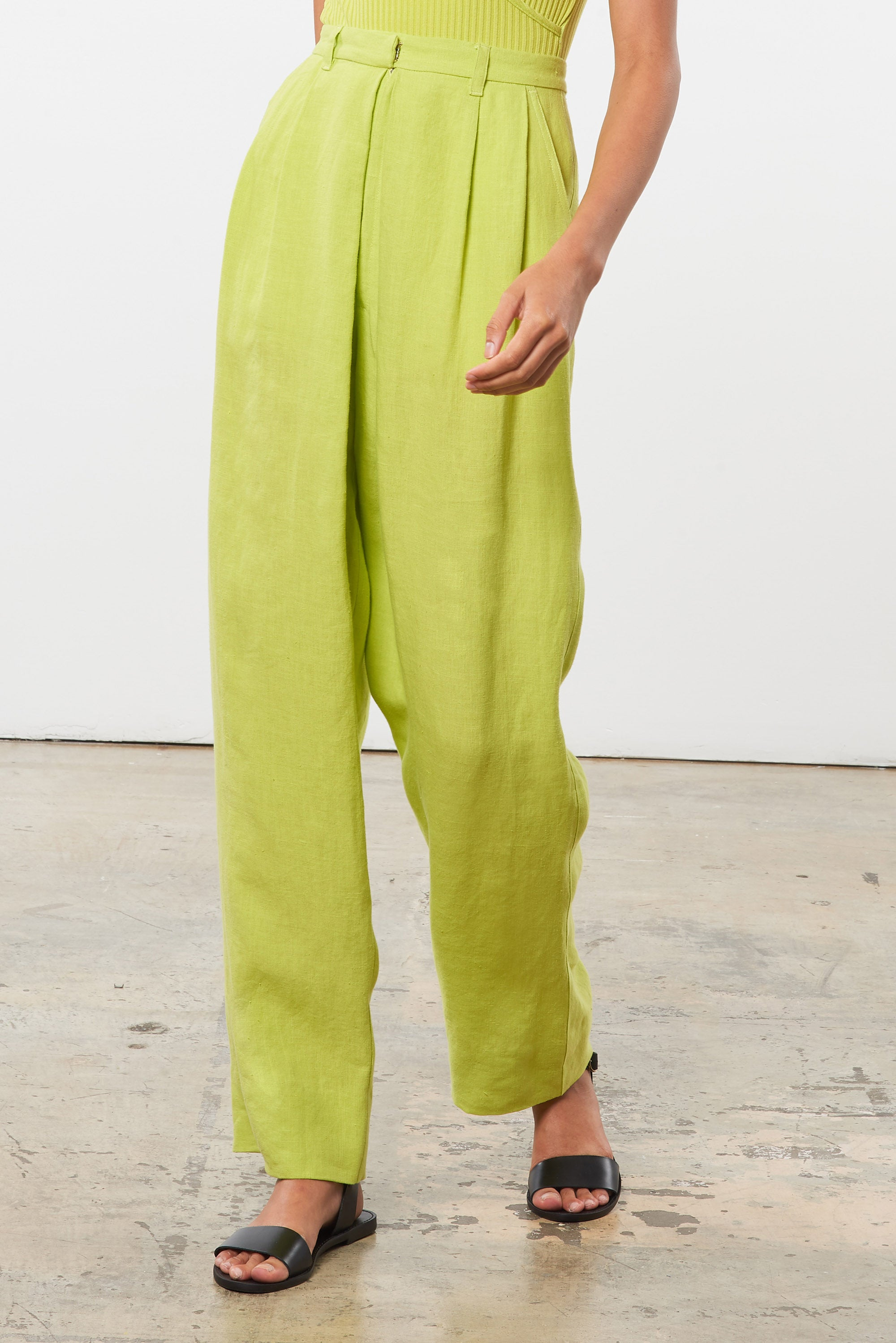 Mara Hoffman Green Eldora Pant in hemp (front detail)