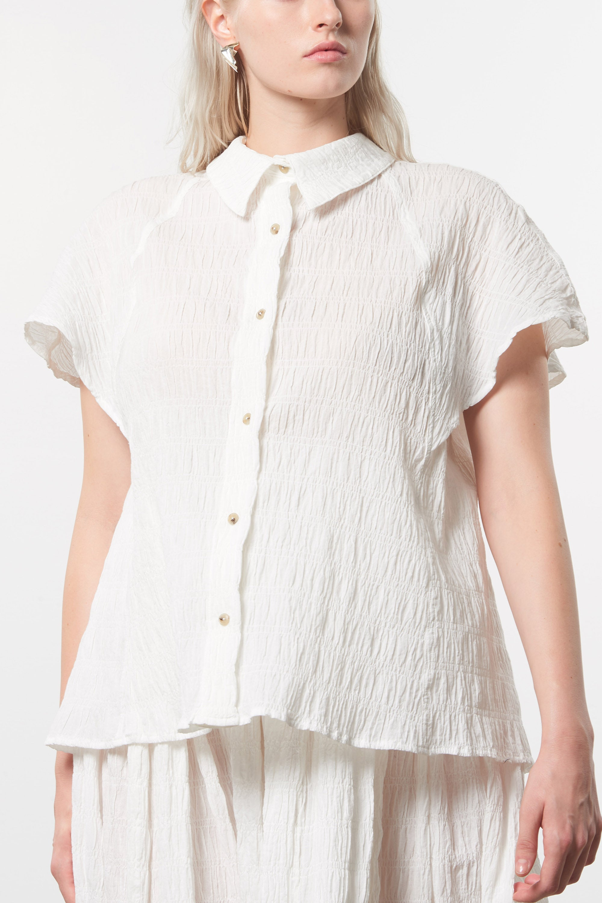 Mara Hoffman Extended White Phebe Top in organic cotton (front detail)