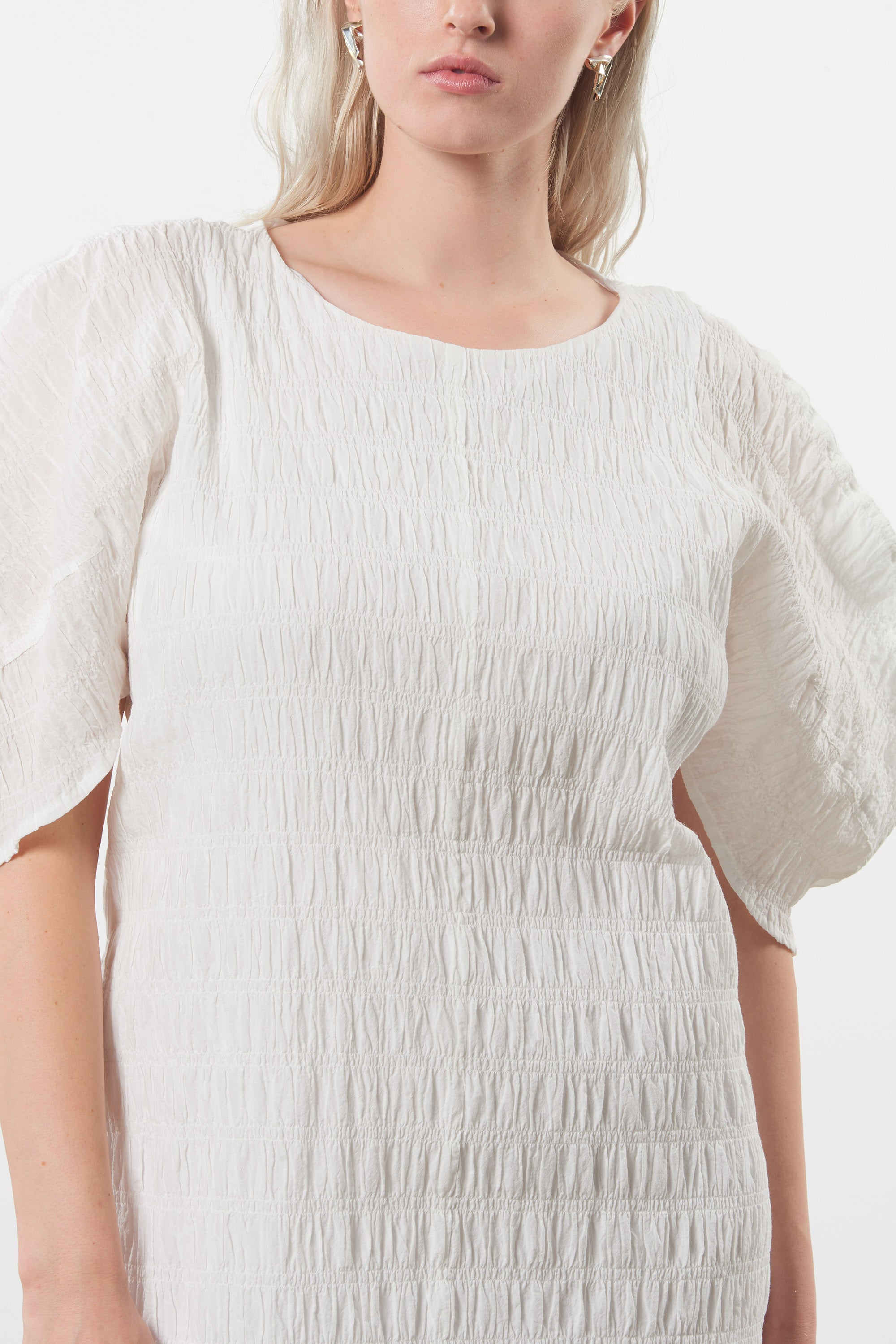 Mara Hoffman Extended White Aranza dress in organic cotton (front detail)