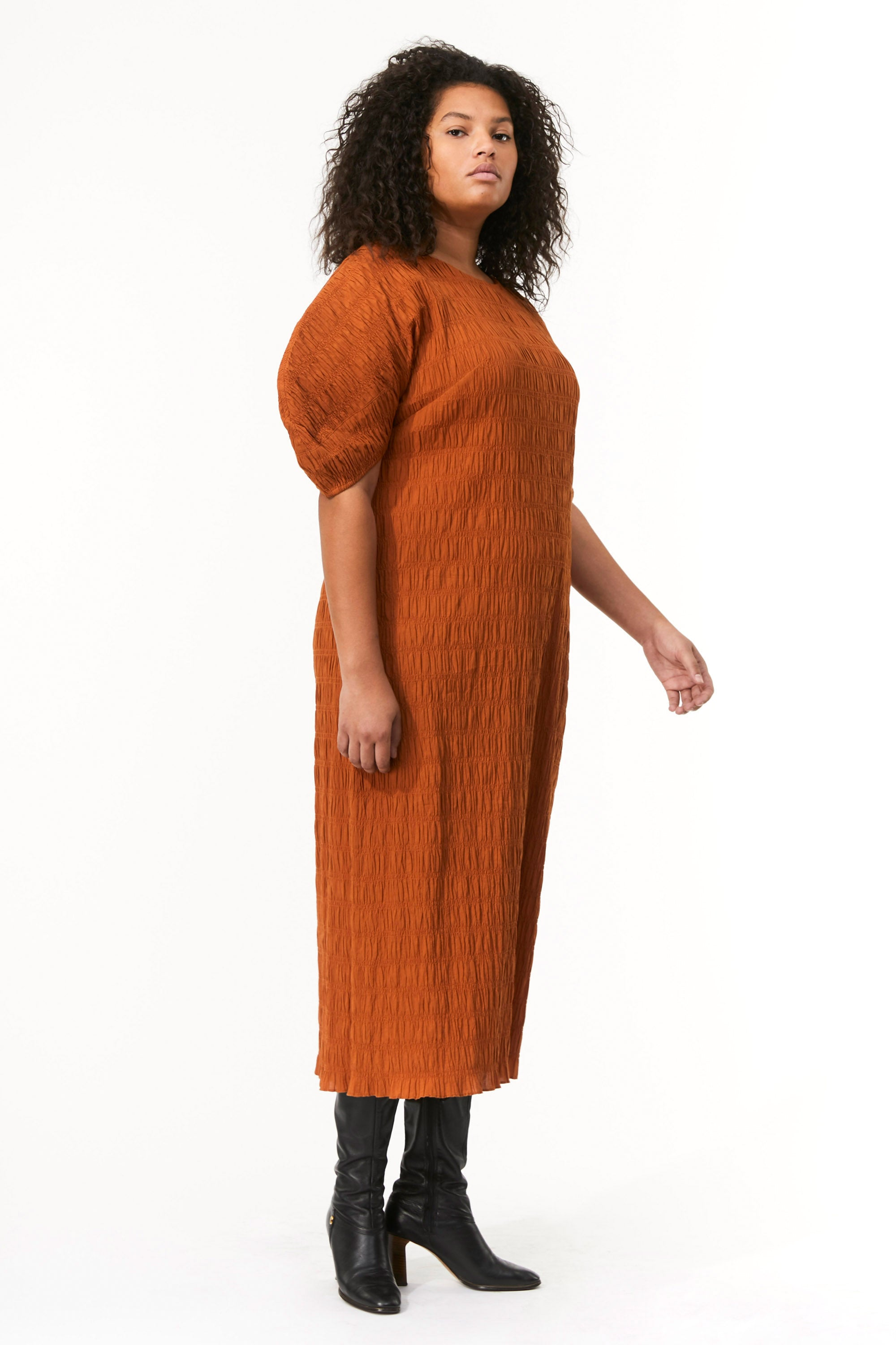 Mara Hoffman Extended Brown Aranza dress in organic cotton (side)