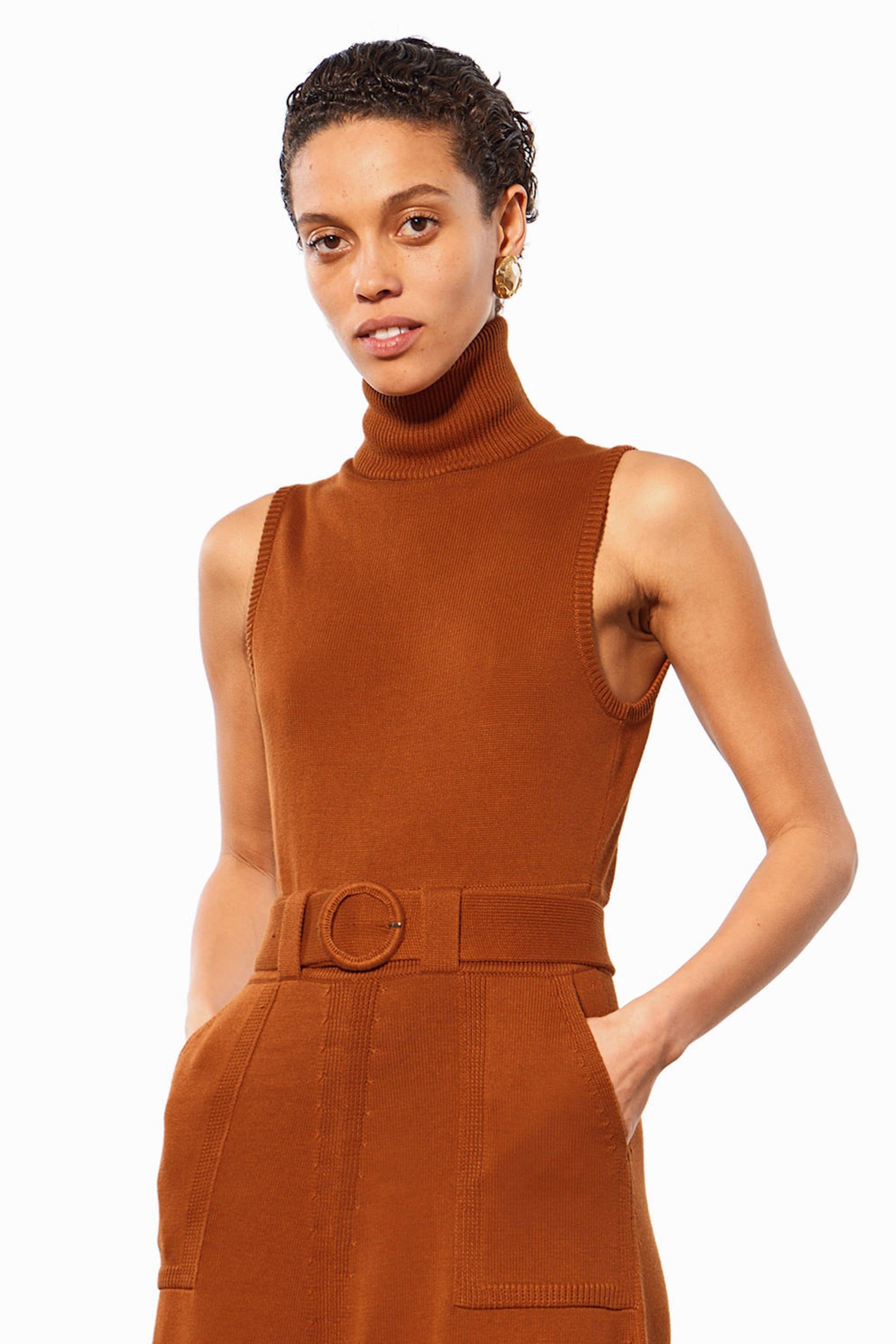 Mara Hoffman Rust Elle Dress in organic cotton (neck detail)