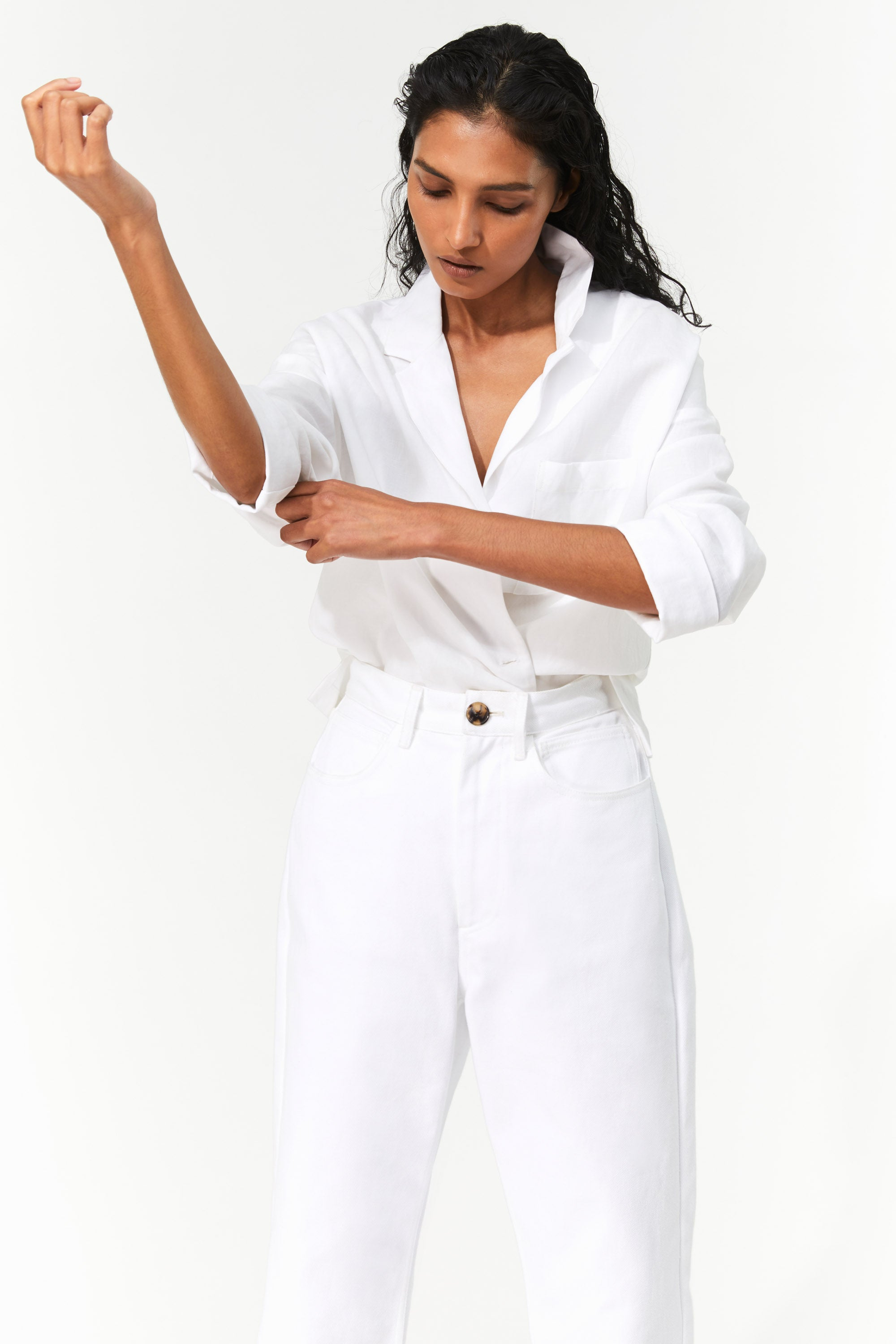 Mara Hoffman White Fontana Pant in organic cotton denim (front, waist detail)