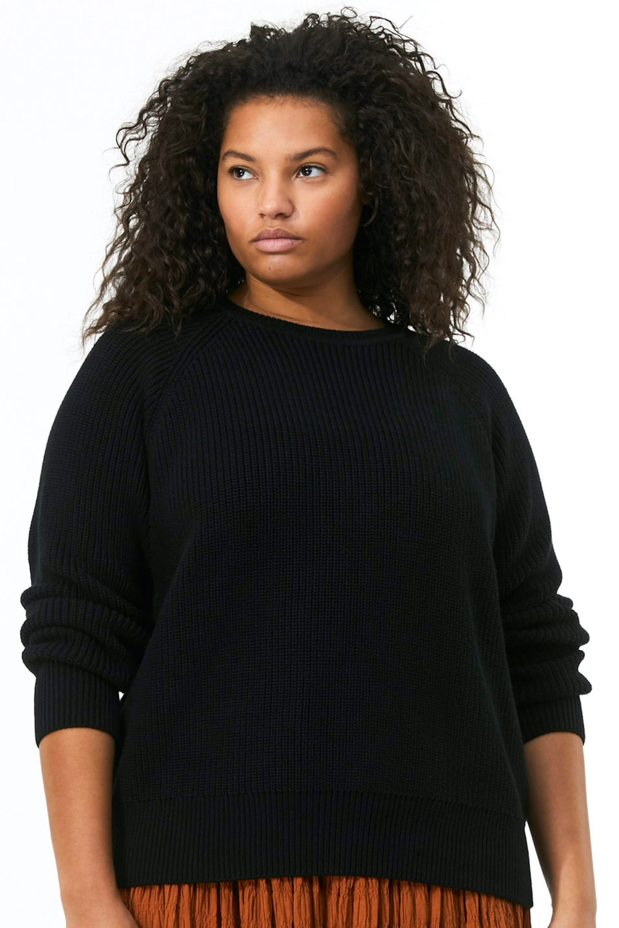 Mara Hoffman Extended Black Avery Sweater in organic cotton (front detail)