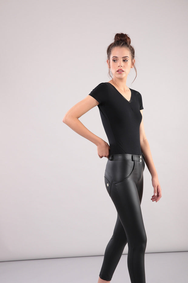 Freddy - 7/8 Ankle Black Leather Pants