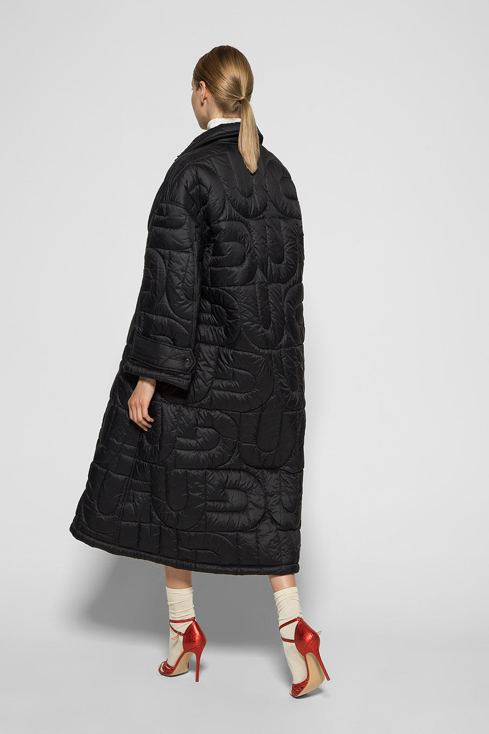 QUILTED BLACK COAT