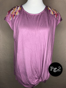 Pretty as a Feather Tee - light eggplant