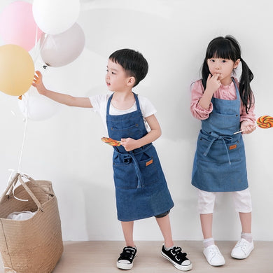 2018 Upgraded Cotton Denim Children Aprons Uniform Unisex Jeans Kids Aprons for Painting Gardening Kitchen Cooking Pinafores