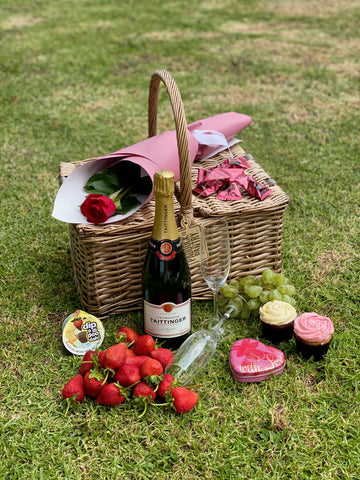 The Ultimate Romantic Picnic Basket