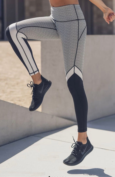 Static pattern print legging