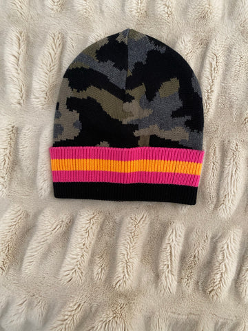 Beanie Hat Camo Stripe Show Off