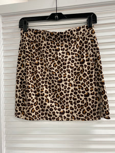 Side slit leopard mini skirt